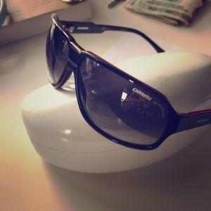 Carrera sun glasses 👓